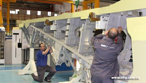 大型飞机复合材料主结构的设计与发展